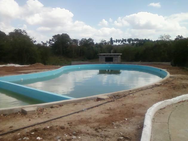 Imagen actual de la construcción de la piscina del Hotel de Fomento.