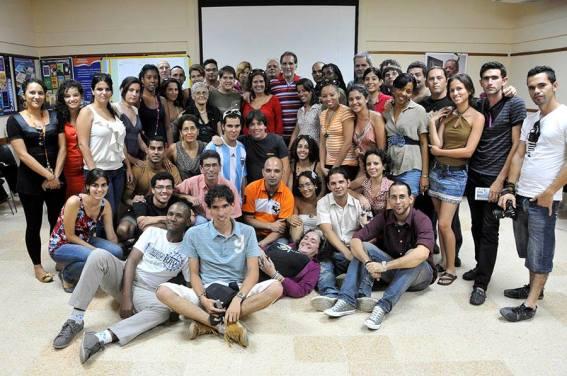 Cita de blogueros en el Centro Martin Luther King, La Habana, Cuba. Acompañados por el Héroe René González