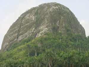 Piedra Gorda, un símbolo de Fomento Cuba