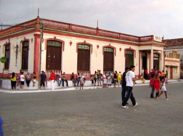 Júbilo en Fomento por el hecho de constituir la sede del acto provincial por el 26 de Julio. (Foto: María de los Ángeles Romero)